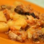 Картофель, тушеный с курицей