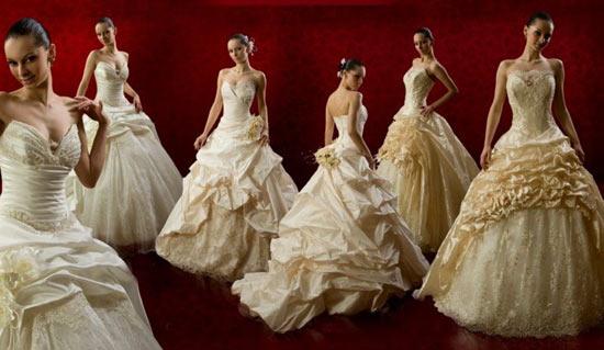 Гадание на свадебных платьях